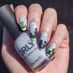 """Karolina Gonzalez en Instagram: """"Don't laugh but these are supposed to beSnowy Trees for the#glamnailschallengejan 🌲🌲🌲🌲🌲🌲🌲🌲🌲🌲🌲🌲🌲🌲 Products used: ► Plate:…"""" Snowy Trees, Xmas Nails, Plate, Nail Art, Instagram, Products, Christmas Manicure, Dishes, Plates"""