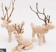 Model / Pattern of Amigurumi of Special dates of Autumn / Winter from KATIA Crochet Ornaments, Christmas Crochet Patterns, Christmas Knitting, Xmas Ornaments, Company Christmas Cards, Christmas Cards To Make, Handmade Christmas, Christmas Crafts, Crochet Deer