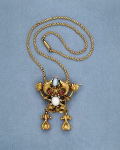 Necklace. Madras, India. 1850. Engraved gold, set with rubies, diamonds and pastes. © Victoria and Albert Museum, London