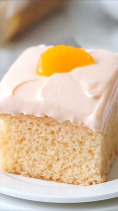This Orange Crush Cake is a light and fluffy cake that is infused with Orange Crush Soda, in both the cake and frosting for a delightfully moist and orange fragranced cake! Pumpkin Ice Cream, Easy Pumpkin Pie, Cake Recipes From Scratch, Cake Mix Recipes, Orange Crush Cake, Köstliche Desserts, Dessert Recipes, Easy Vanilla Cake Recipe, Buttercream Recipe