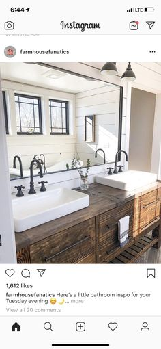 27 Beautiful Farmhouse Master Bathroom Decor Ideas And Remodel. If you are looking for Farmhouse Master Bathroom Decor Ideas And Remodel, You come to the right place. Here are the Farmhouse Master Ba. Bad Inspiration, Bathroom Inspiration, Bathroom Inspo, Dyi Bathroom, Vanity Bathroom, Budget Bathroom, Bathroom Cleaning, Rustic Bathroom Vanities, Shower Bathroom