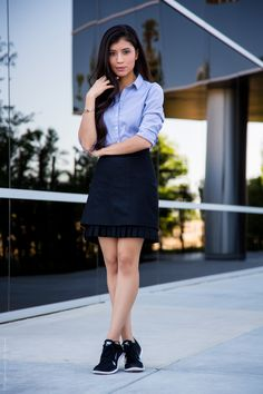 How to wear sneakers to the office - Stylishlyme.com