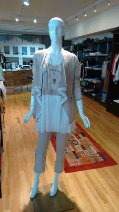 Mehr als nur Mode! Ruffle Blouse, Outfits, Fashion, Spring Summer, Jacket, Tunic, Moda, Suits, Fashion Styles