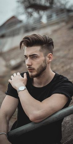 -The Best 45 Hairstyle For Men, See Before You Go To The Hairdresser! – Page 20 of 45 men hairstyle, men hairstyle short, men hairstyle. Curly Hair Styles, Curly Hair Men, Hair And Beard Styles, Thick Hair, Hair Style For Men, Men Long Hair, Mens Hair, Style Hair, Cool Hairstyles For Men