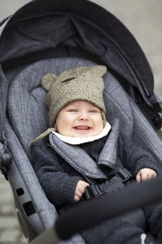Stokke Crusi in Black Melange with Seat and Newborn Support Insert via Ingrid Holm Blog