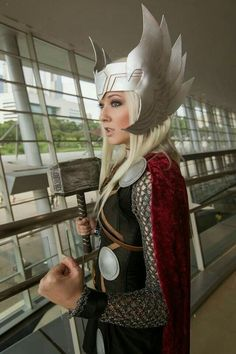 Thor Cosplay | Female thor costume | Marvel comics, movies | comicon | woman, lady, girl | Genderbender