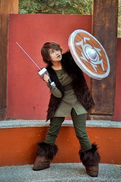 Hiccup #HowToTrainYourDragon // Cosplay by http://heavengreen.deviantart.com/