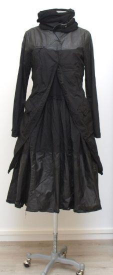 rundholz dip - Kleid Tellerform paint black - Winter 2015 - stilecht - mode für frauen mit format...