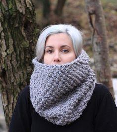 Vegan Knit Chunky Textured Cowl Scarf   THE SEDARIS   Grey Tweed Color