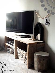 Leuk idee tv kast Flat Screen, Pure Products, Blood Plasma, Flatscreen, Dish Display