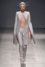 #fashion #avantgarde #garethpugh #ss2013