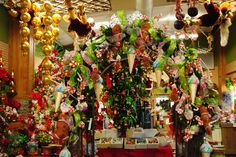 Garland Decorations. Christmas 2013