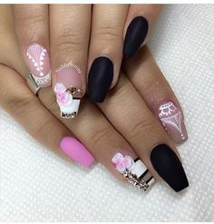 Black matte and pink coffin nails