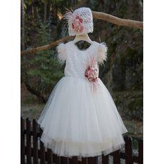 Βαπτιστικό Χειμερινό φόρεμα Mi Chiamo σε εκρού απόχρωση από τούλι με πλεκτό καπέλο, Χειμωνιάτικο βαπτιστικό φόρεμα οικονομικό, Βαπτιστικά ρούχα κορίτσι Χειμερινά, Επώνυμο βαπτιστικό φόρεμα τιμές-προσφορά Girls Dresses, Flower Girl Dresses, Victorian, Wedding Dresses, Winter, Fashion, Dresses Of Girls, Bride Dresses, Winter Time