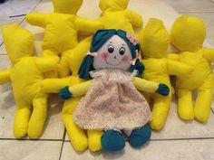 Minha primeira criação e as primeiras Bonecas que foram feitas para serem doadas. dolls for donation