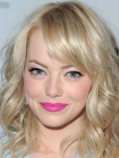 Click on the photo to get the steps for re-creating Emma Stone's look at home.