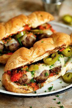Grilling Recipes, Beef Recipes, Real Food Recipes, Cooking Recipes, Wrap Recipes, Meatball Subs, Meatball Sandwiches, Vegetarian Sandwiches, Good Food
