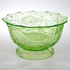 Antiques Atlas - Art Deco Fish And Weed Pattern Uranium Glass Bowl