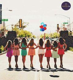 Nada mejor que compartir tus últimos momentos de soltería con grandes amigas. www.matriqui.bo