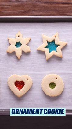 Christmas Snacks, Christmas Cooking, Christmas Goodies, Christmas Candy, Christmas Ornaments, Holiday Cookies, Holiday Treats, Holiday Recipes, Christmas Recipes