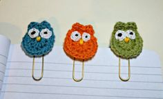 Owl Planner Clips. This is a set of three crocheted owls securely attached to good quality gold paper clips. The set includes one owl each in orange, green and blue. The paper clips are 5cm in length, the owls are 3.5cm and the overall length of each item is 6cm. The clips come presented on a thick brown tag. Other planner clips also available; see my other listings for details.