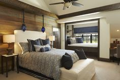4 Bedroom Ranch Estate in Florida Showcasing an Inviting Design - wood accent wall