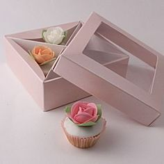 Mini Cupcake Box for 4 miniature cupcakes - Cupcake Boxes, Cupcake Ideas, Mothers Day Cupcakes, Mini Cupcakes, Decorative Boxes, Miniatures, Pink, Design, Home Decor