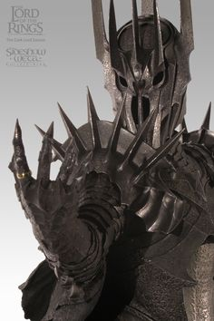 The Dark Lord Sauron polystone Statue Item Number: 9341 Manufactured by… Lord Sauron, Shadow Of Mordor, Morgoth, Fantasy Heroes, Armadura Medieval, O Hobbit, Images Gif, Arte Horror, Jrr Tolkien