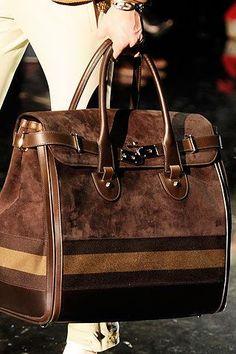 fd07eeb64321 Lovely bag Gucci Handbags, Fashion Handbags, Purses And Handbags, Fashion  Bags, Designer
