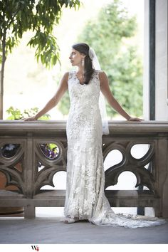 Beautiful Modern Bride at Biltmore Estate  Asheville, NC   lace wedding dress, wedding photo idea, bridal photo idea