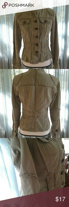 "Utility jacket Women's BEAUTIFUL like new lightweight olive no boundaries button front utility jacket size Medium with cute ruffle detail. 2 button flap breast pockets, belt loops, 3 button cuffs. Measurements SS 16"" Chest 18"" length 22"" sleeve 25"". Thanks for looking! Bundle to save! No Boundaries Jackets & Coats Utility Jackets"