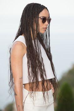 Waist-length waves aka summer hair goals from Zoë Kravitz <3