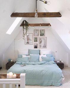 Home Decoration Living Room Attic Bedroom Designs, Home Decor Bedroom, Living Room Decor, Bedroom Ideas, Beige Carpet Bedroom, Loft Interior Design, Blue And Green, Ideas Para Organizar, Loft Room