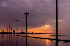木更津,海に続く電柱,夕焼け