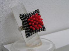 chrysanthemid ring CatrinsaJewels: http://www.knoopje-ina.blogspot.com