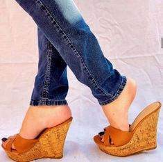 246daa2dd0ae 32 Best Wooden sandals   Exercise sandals images