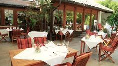 Ehemals eine Gerberei, in der aus Rinde Gerbstoffe gewonnen wurde, steht heute der Name des Romantik-Hotels RINDENMÜHLE **** als Namen für gehobene Gastlichkeit. Die Wirtsleute Martina und Martin Weißer verstehen sich nicht nur als Gastgeber für Ihre Gäste, sondern leben und praktizieren in ihrem Haus den respektvollen Umgang mit der Natur. http://www.rindenmuehle.de/  #rindenmühle, #romantik, #romantikhotel, #bestoffeineadressen #slowfood #villingen