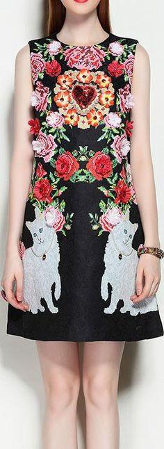 Embellished Floral Appliques Shift Dress