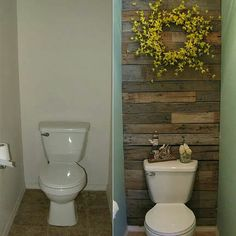 Diy pallet wall for the bathroom. Love this.
