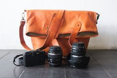 Dslr Fold Over Camera Bag with Insert - genuine Leather Messenger - tote bag - Leather with canvas lining - UNiSEX - Tanned  ********  bag:  Use it
