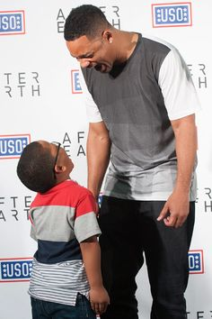 Jaden & Will Smith met with military & families, did a surprise performance with DJ Jazzy Jeff and screened their new movie, After Earth, at Fort Hood.