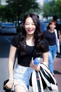 dedicated to female kpop idols. A Girl Like Me, Cool Girl, My Girl, Kpop Girl Groups, Korean Girl Groups, Kpop Girls, Kpop Fashion, Korean Fashion, Asian Girl
