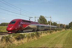 The TGV Thalys PBKA is a type of high speed train TGV family since 1996 is deployed on the lines of the Thalys network between Paris, Brussels, Cologne and Amsterdam (PBKA). Technically, the set almost equal to the PBA set. However, the PBKA-set the security for the German network, making it able to serve on the connection between Paris and Cologne. Appearance, the two types from each other by the PBA make an old and a new set PBKA-heads.