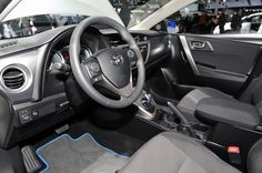 Полный гибрид Toyota Auris Touring Sports