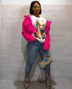 """At this point idk what be going through my mind when I get dressed 🤷🏽♀️ Tee: 😍 Boots: CC: """"BRONNIEE"""" ✨ Dope Outfits, Chic Outfits, Fashion Outfits, Fresh Outfits, Black Women Fashion, Womens Fashion, Urban Fashion Women, Fashion Lookbook, Fashion Killa"""