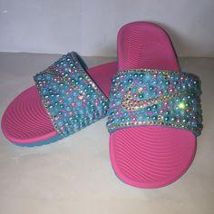 385c8ed06 Custom Bling Nike Flip Flop Slides Benassi JDI Slides  flipflopsDIY
