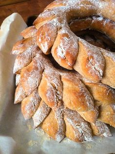 Honey-Wheat Bread Wreath with Honey Butter