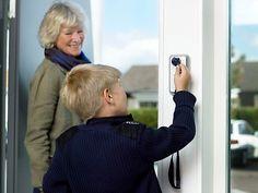 Met een gerust hart op vakantie: Het Verisure alarmsysteem http://blog.huisjetuintjeboompje.be/gerust-hart-op-vakantie-verisure-alarmsysteem/