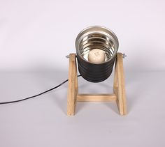 lapetitemaison   Catálogo Lámpara de mesa, confeccionada con lata reciclada y base en madera de Roble o Roble Ahumado recuperado... para más información lapetitemaisonlabart@gmail.com