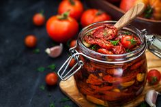 Sun dried tomatoes with garlic and olive oil in a jar photo by KateSmirnova on Envato Elements Healthy Herbs, Healthy Recipes, Pizza Und Pasta, Vitamins For Vegetarians, Tomato Vegetable, Fresh Garlic, Dried Tomatoes, Sun Dried, Tandoori Chicken